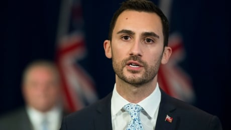 Education minister to make announcement amid back-to-school plan criticism