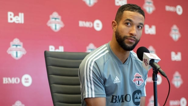 Toronto FC players, staff and supporters take stand against racism   CBC Sports
