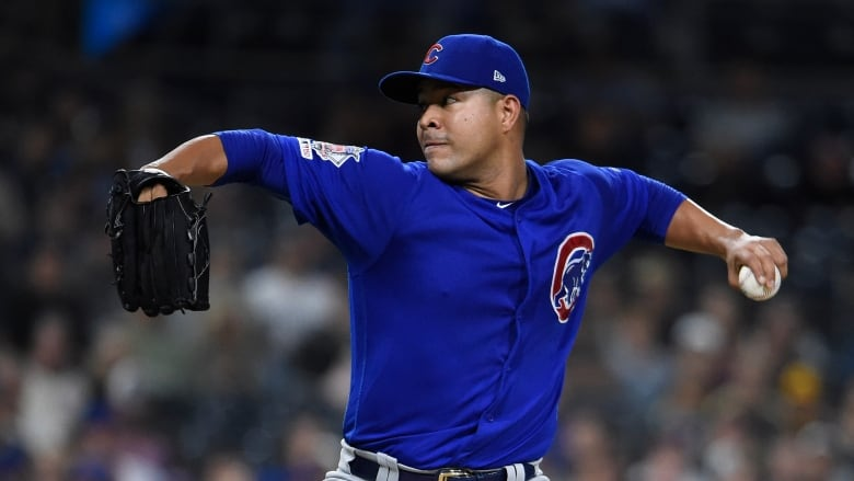 Cubs pitcher Quintana has surgery after dishwashing mishap