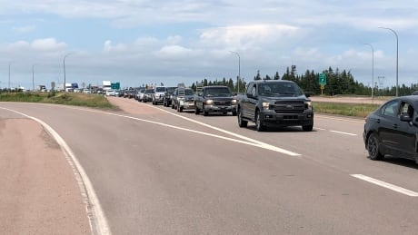 Nova Scotia New Brunswick border traffic