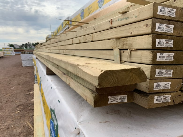 lumber at spring valley building centre