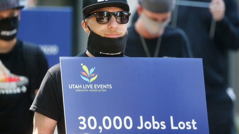 Another 1.4 million workers filed for unemployment insurance last week