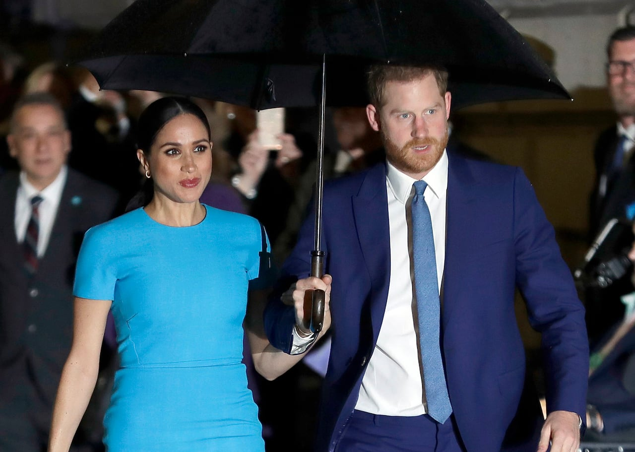 family grievances new book on prince harry and meghan offers royal de ja vu cbc news new book on prince harry and meghan