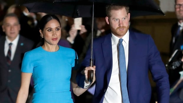 Duchess of Sussex's friends can stay anonymous in privacy case, U.K. judge rules | CBC News