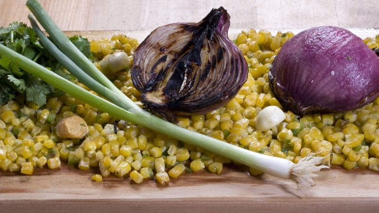 Salmonella Outbreak In Over 30 States Linked To California Red Onions