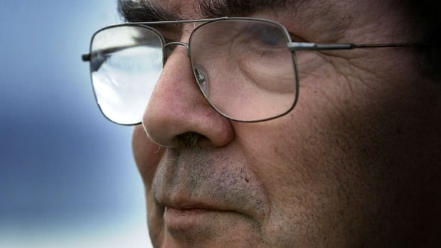 John Hume, Northern Irish Catholic leader and Nobel Peace laureate, dies at 83 | CBC News