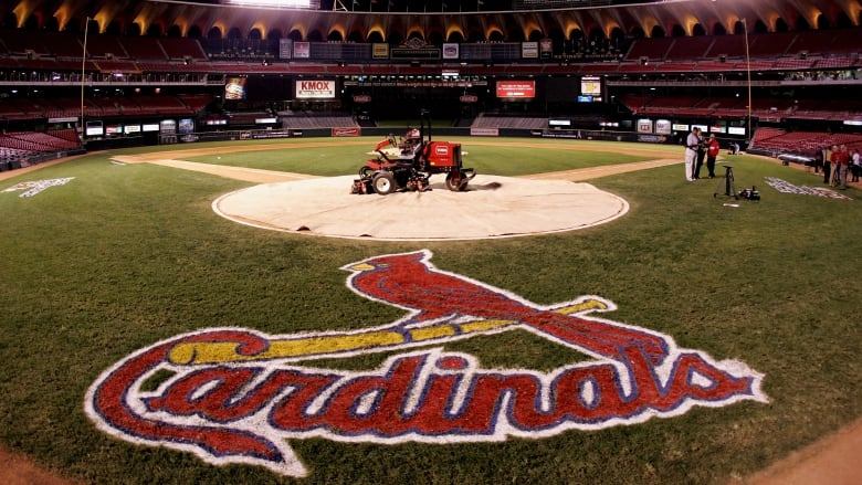 Cardinals-Tigers series postponed due to COVID-19 positives