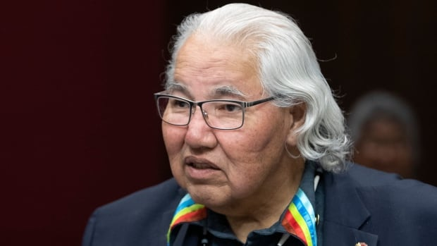 Murray Sinclair to retire from Senate | CBC News