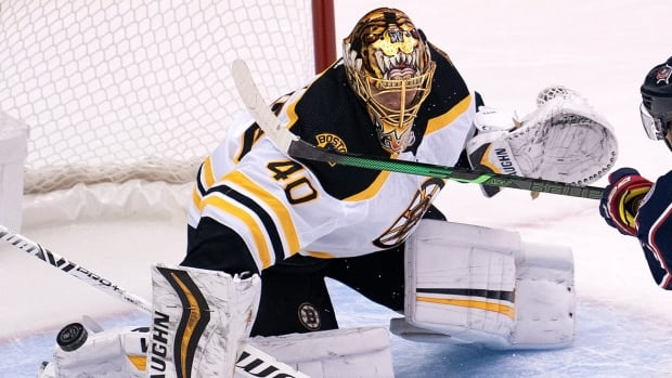 Bruins goalie Tuukka Rask expected to start Wednesday after COVID-19 scare | CBC Sports