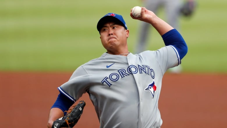 Jays' Ryu baffles Braves with changeup, eight strikeouts