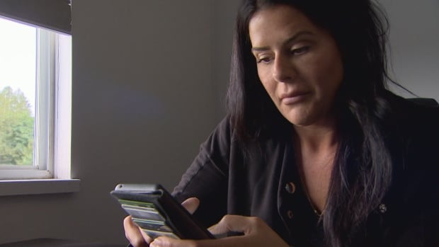 B.C. woman caught CERB scammer in the act, but getting action from officials is the hardest part   CBC News