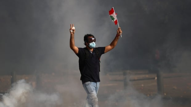 Security forces fire tear gas at Beirut protesters denouncing deadly chemical explosion | CBC News