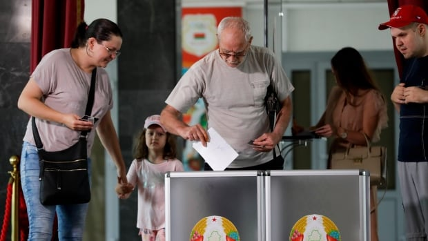 Belarus election panel says authoritarian leader Lukashenko heading within the appropriate direction for sixth term thumbnail