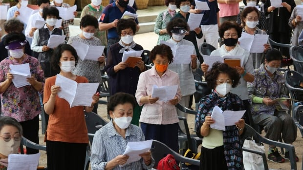 COVID-19 re-surges in South Korea as hard-hit Florida shows signs of decline | CBC News