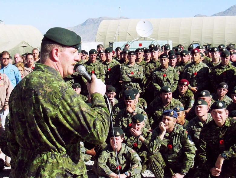 Ex-soldiers say it's time to Get a Canadian to Get a Victoria Cross for Afghanistan thumbnail