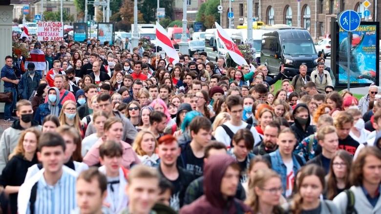 Belarus retaliates against Baltic sanctions