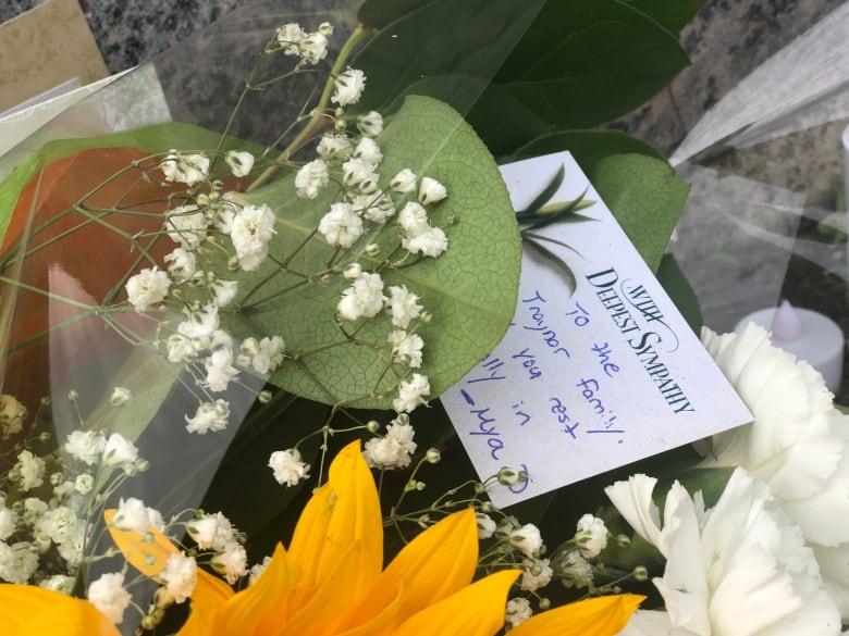 oshawa killings makeshift memorial 1