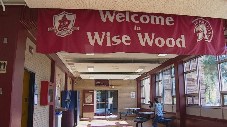 1st Covid 19 Outbreaks At Alberta Schools Confirmed In Calgary And Lethbridge Cbc News