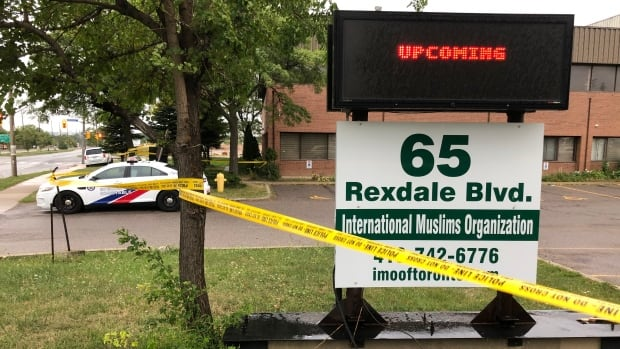 Man charged in stabbing death of Etobicoke mosque caretaker