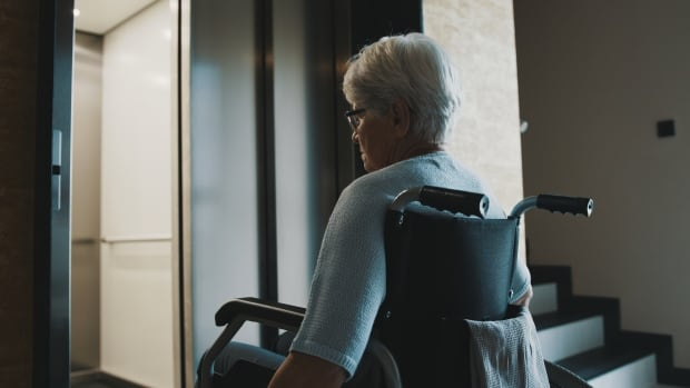 B.C. senior who was called a 'loser' for demanding accessibility in condo building wins $35K | CBC News