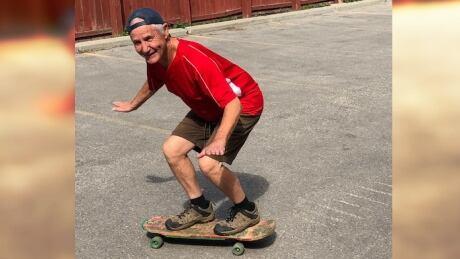 Garry Moir skateboarding