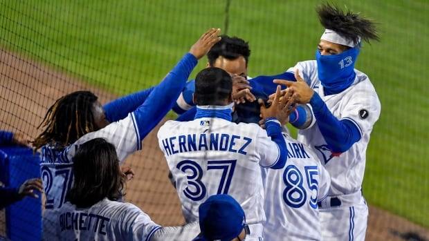Rookie Alejandro Kirk notches home run, 4 hits as Jays take opener against Yankees