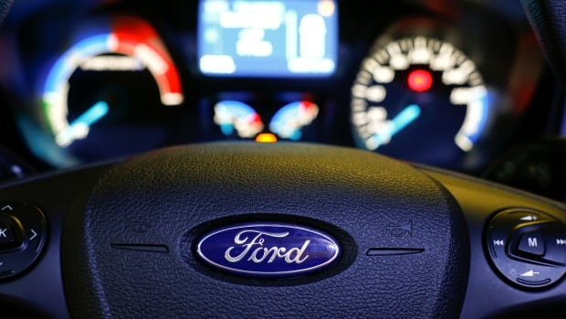 Ford deal to build electric cars in Oakville comes amid $500M government cash to upgrade plant