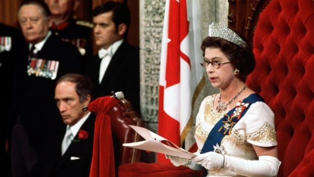 Why the Queen herself has twice delivered Canada's speech from the throne | CBC News