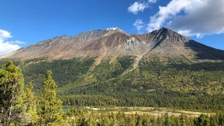 Yukon mountain and scenery