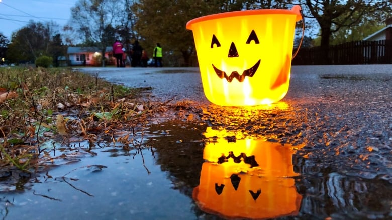 Guidelines are in place, but SK gov't says Hallowe'en can happen