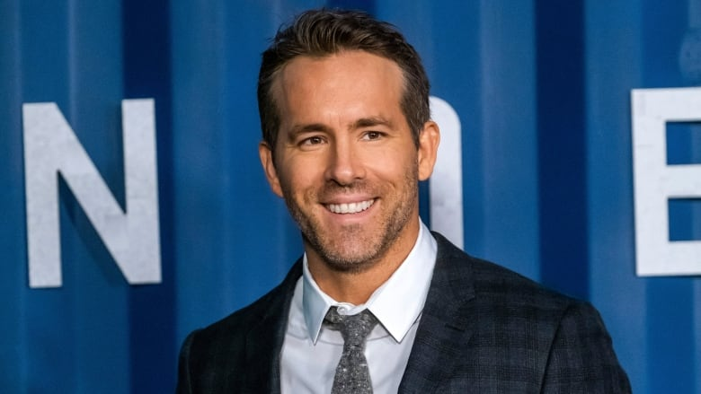 Ryan Reynolds in talks to take over struggling Welsh Wrexham AFC