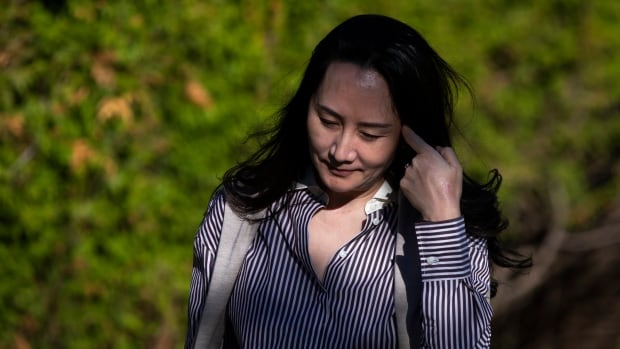 Crown accuses Meng Wanzhou's lawyers of trying to turn extradition into a trial   CBC News
