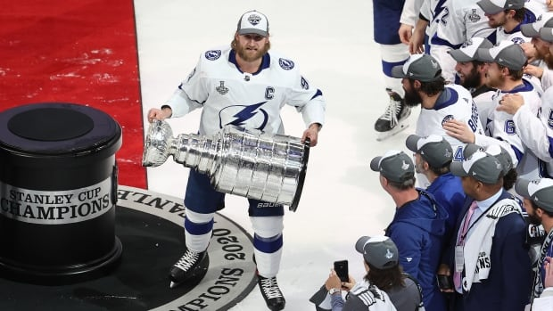 lightning secure 2nd stanley cup in franchise history after defeating stars cbc sports lightning secure 2nd stanley cup in