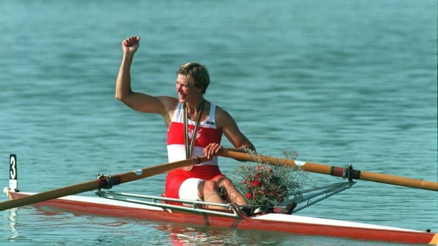 Drawn to paratriathlete's story, Canadian rower Silken Laumann backs her with cash