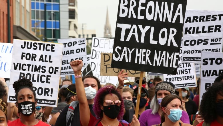 Breonna Taylor: Grand jury audio details moments before she died