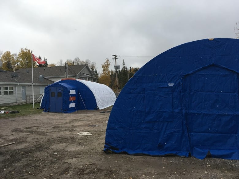 Isolation tents, Red Cross deployed to Manitoba First Nations battling COVID-19