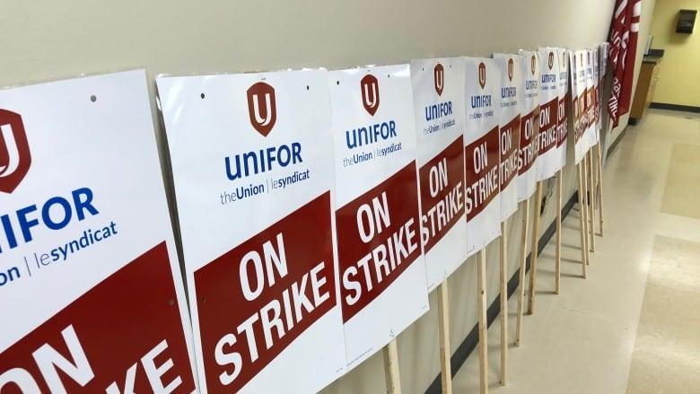FCA, Unifor Reach Agreement on New Deal, Averting Strike