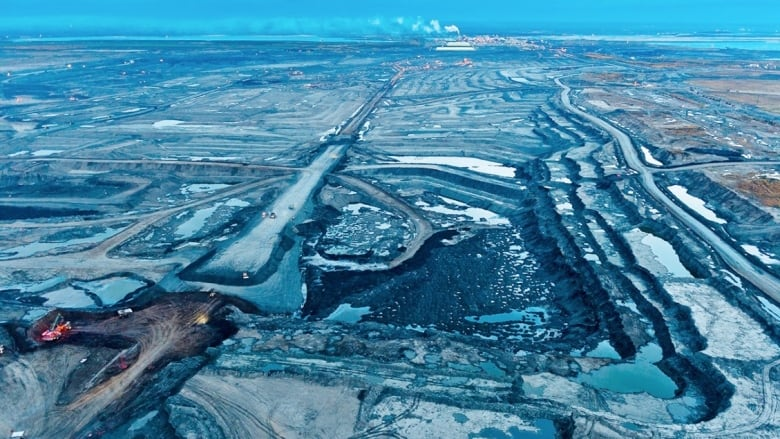 Alberta government will Raise Steps limiting oil production as of December thumbnail