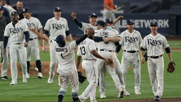 Rays say good night to the 'bad guys' to claim pennant, advance to World Series