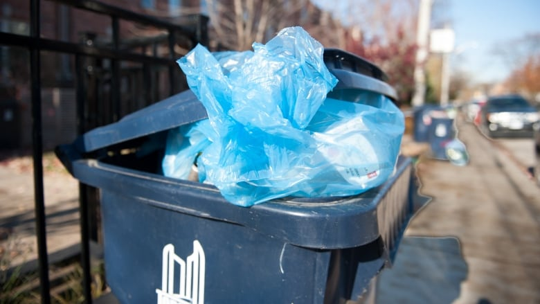 Ford government to overhaul Blue Bin program