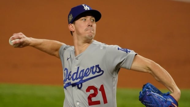 Barnes' bunt, blast back Buehler's stellar start to lead Dodgers past Rays