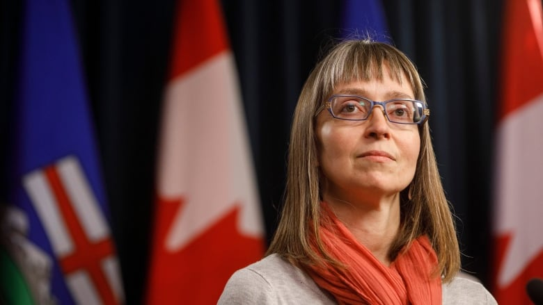 Alberta at'critical juncture' with more than 6,100 active Instances of COVID-19 thumbnail
