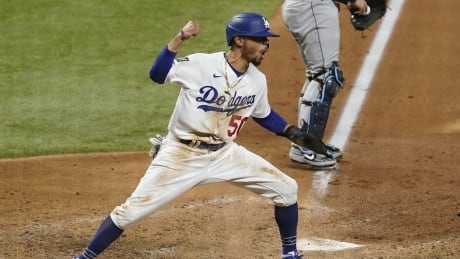Los Angeles Dodgers win 1st World Series title since 1988