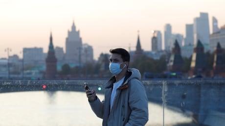 HEALTH-CORONAVIRUS/RUSSIA
