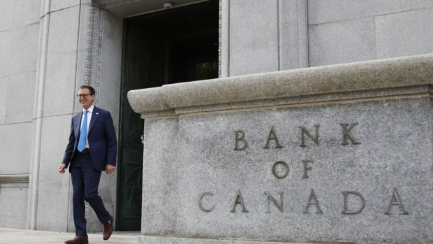 Bank of Canada says it's likely to keep interest rate near zero until 2023 | CBC News
