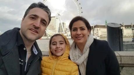 Parisa Esmailion Reera, Esmailion Hamed Esmailion