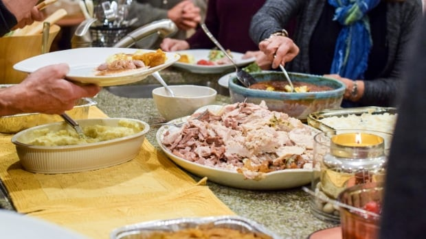 Family Thanksgiving dinner was superspreading event in Renfrew, health official says | CBC News