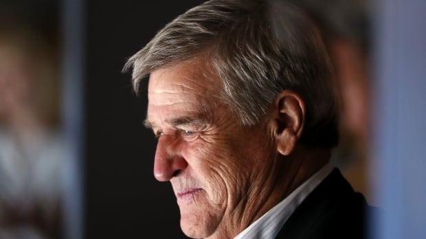 Bobby Orr endorses U.S. President Trump's re-election bid | CBC Sports