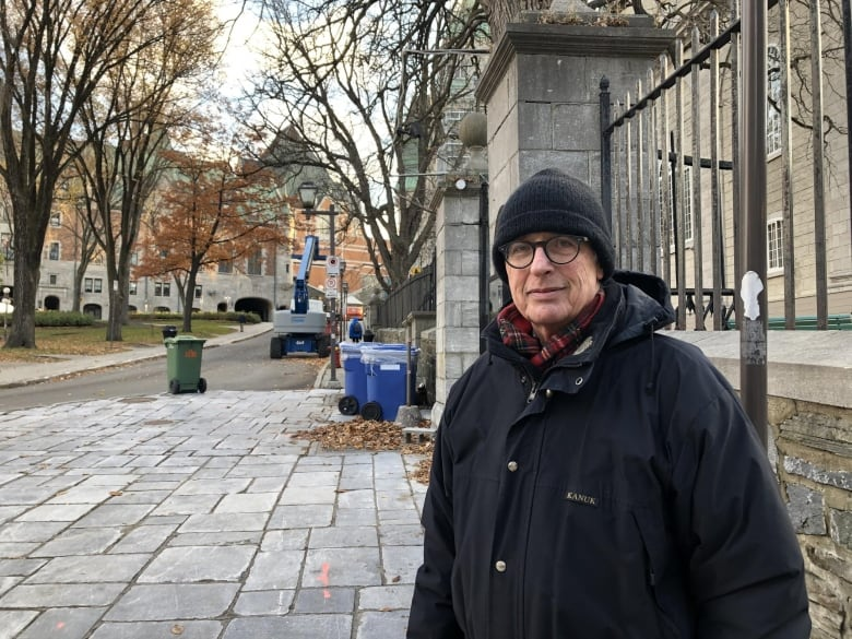 Close-knit community at Center of Quebec City mourns victims of Halloween Strikes thumbnail