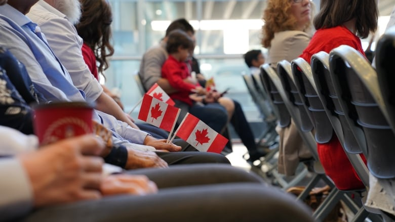 Citizenship tests set to Restart online Following 8-month suspension thumbnail